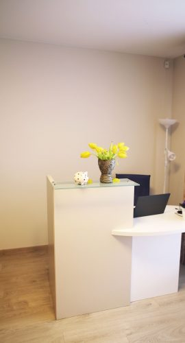 Naujos patalpos biurui, grožio salonui, 1 aukštas, atskiras įėjimas